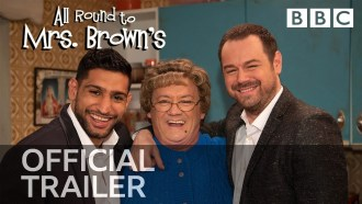 All Round to Mrs Brown's Bande-annonce VO