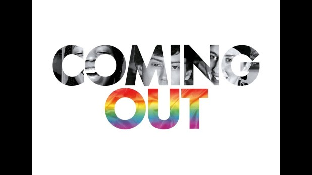 Coming Out Bande-annonce VO